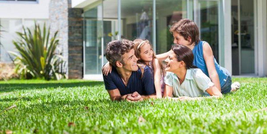 Creare un giardino mozzafiato prestigepergole for Creare un giardino
